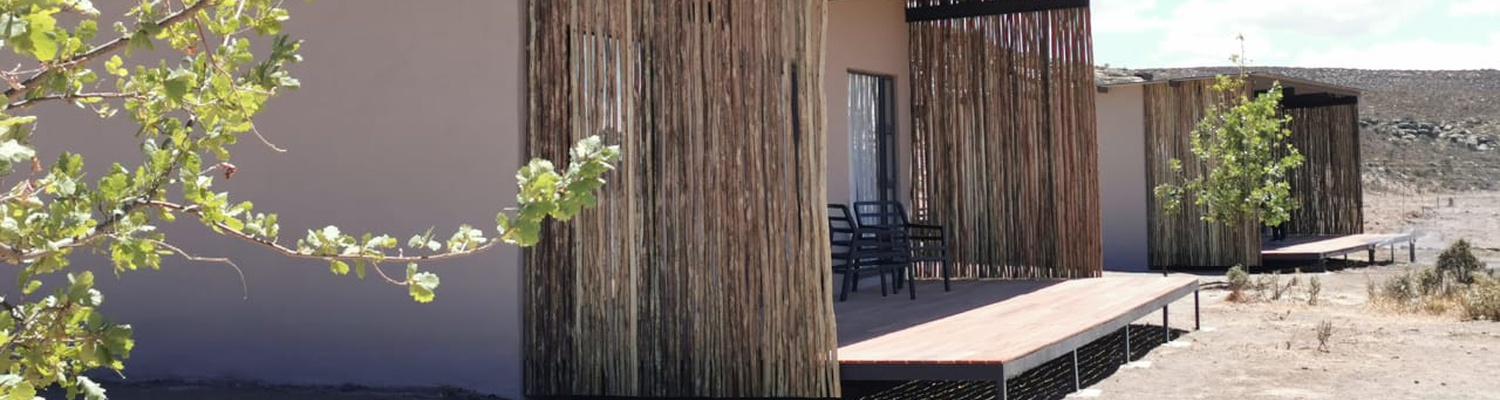 Luxury Karoo accommodation; luxury Sutherland accommodation; Karoo Nature Reserve; luxury accommodation near Sutherland; dinner bed & breakfast accommodation Sutherland